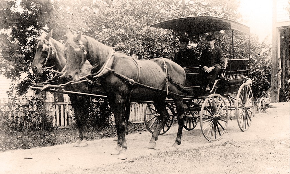 Taxi Service in 1900